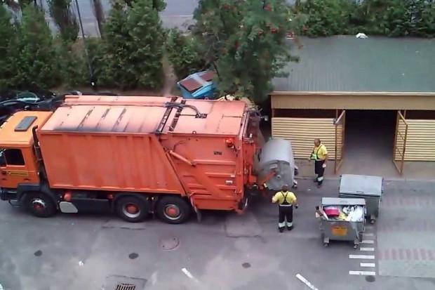 """Nowelizacja ustawy """"śmieciowej"""" zmieni dużo, ale nie to, co najważniejsze"""
