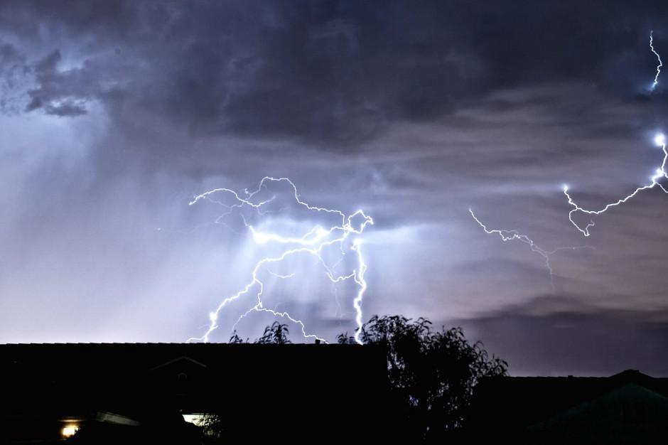 RCB: w nocy burze z gradem
