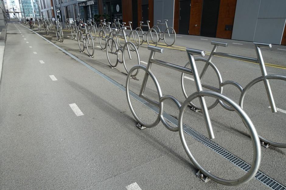 Radni likwidują publiczne parkingi. Oslo walczy z samochodami