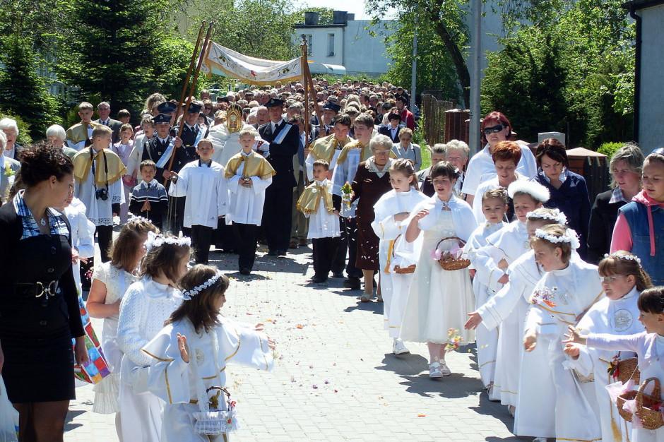 Uroczystość Bożego Ciała. Ulicami miast i wsi przeszły procesje