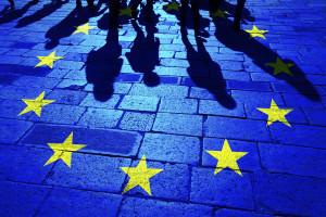 Przyszłe unijne fundusze jednak powiązane z praworządnością? Wiele krajów UE za