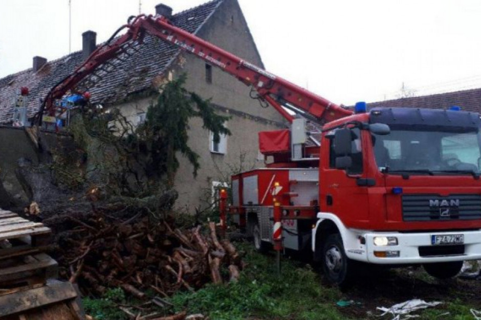 Milionowe straty po nawałnicy w gminie Modliborzyce. Władze apelują o pomoc