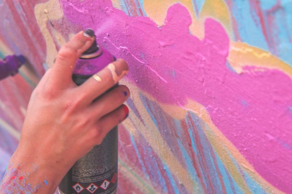 We Wrocławiu powstaje nowy mural. To podarunek partnerskiej Bredy