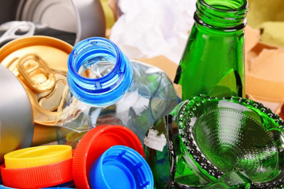 W przyszłym roku kaucja za opakowania z makulatury, szkła i plastiku