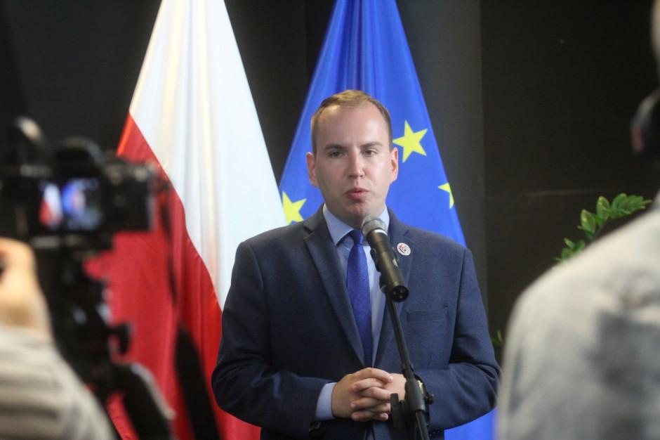 """Adam Andruszkiewicz powalczy z patologią w sieci. """"Odwiedzimy każde województwo"""""""
