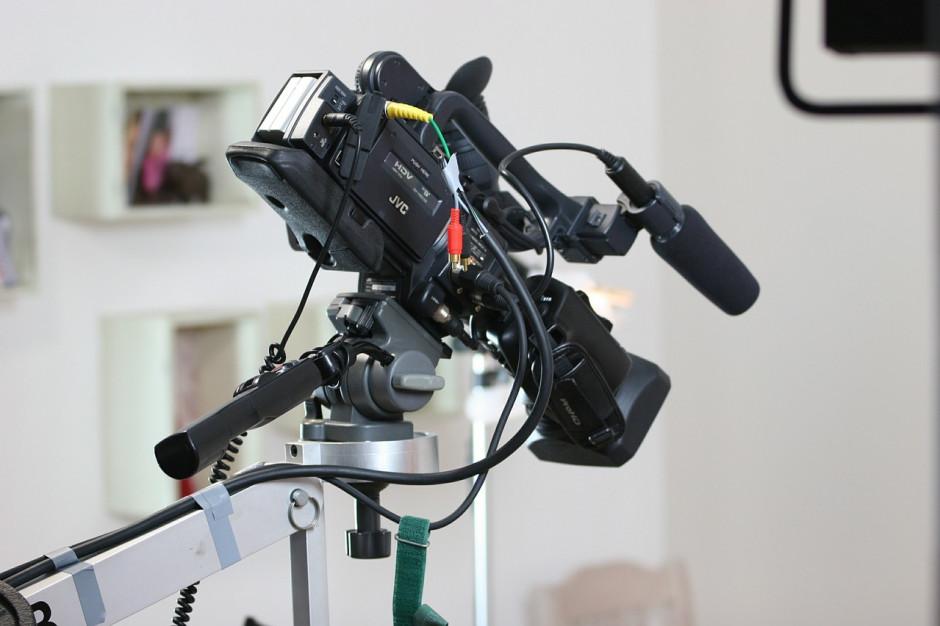 Obowiązkowe nagrywanie i transmisje sesji. Ile płacą samorządy?