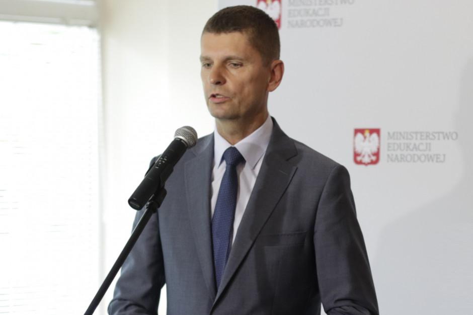 Spotkanie ministra edukacji z ZNP: Padła propozycja. Związki zadowolone