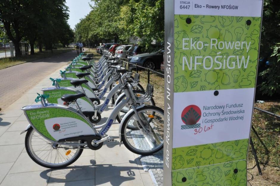 NFOŚiGW na 30. urodziny ufundował pracownikom stację roweru miejskiego