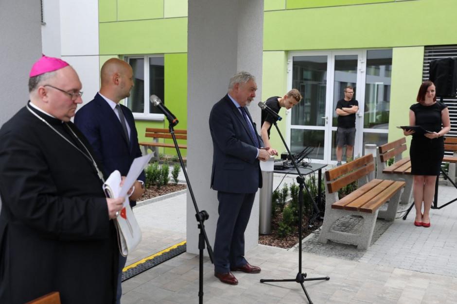 Krakowskie społeczeństwo starzeje się coraz szybciej. Powstał nowy pawilon w miejskim centrum opieki