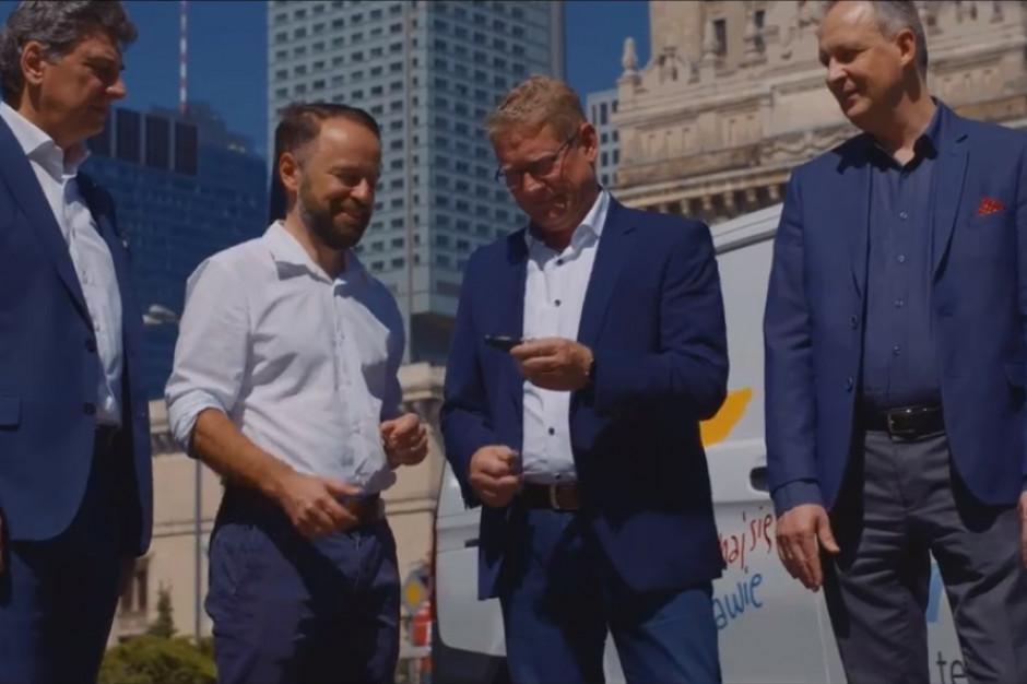 Elektryczne auto obsłuży imprezy w stolicy? Ruszyły trzymiesięczne testy