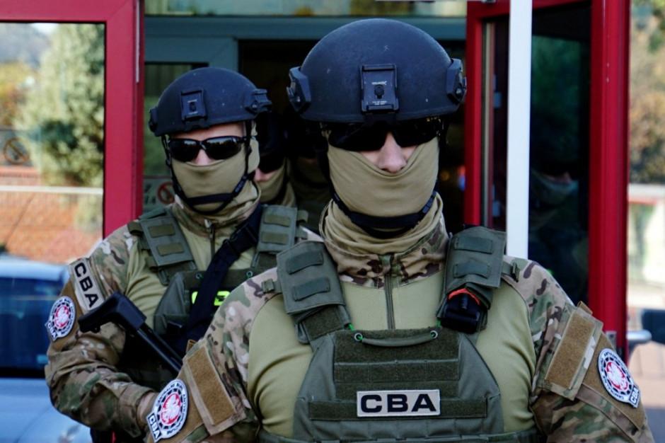 CBA: Łapówki przy przetargach na nieruchomości w Krakowie. Trzy osoby zatrzymane