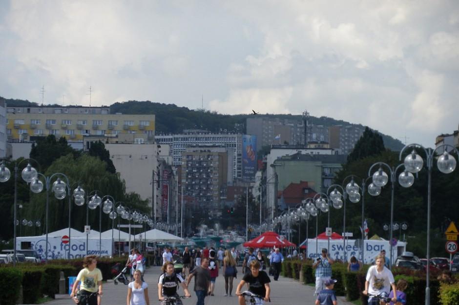 Miasto uczące się to także miasto włączające mieszkańców w procesy decyzyjne. Takim miastem jest Gdynia (fot. pixabay)