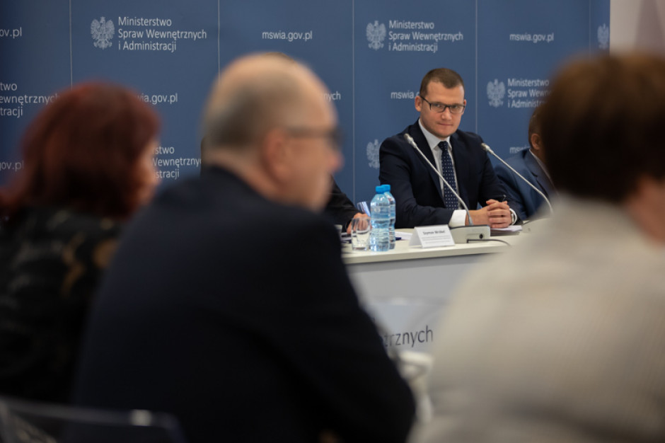 Paweł Szefernaker: część tez samorządowców jest niezgodna z Konstytucją