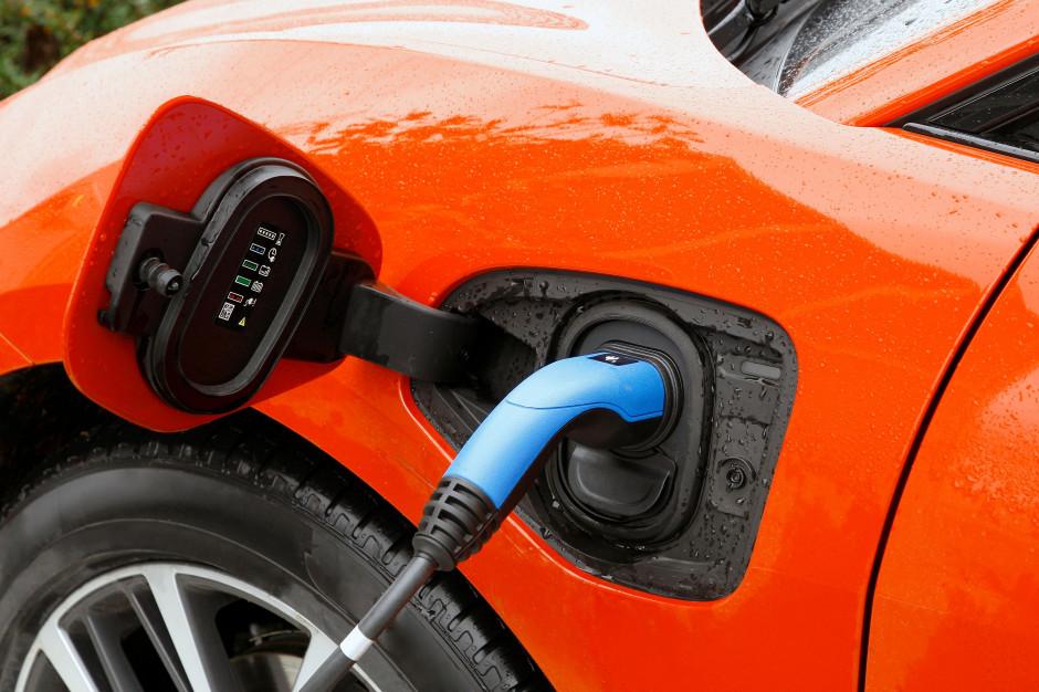 Transport publiczny motorem elektromobilności