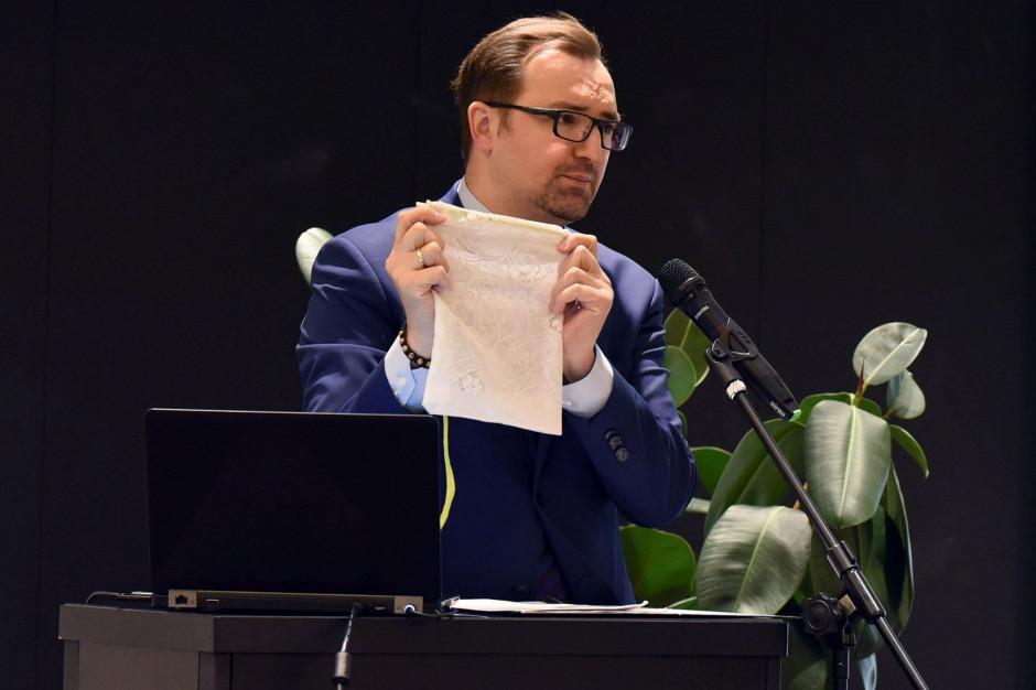 Sławomir Mazurek: Żeby wiedzieć, kto segreguje, potrzebna jest personalizacja odpadów