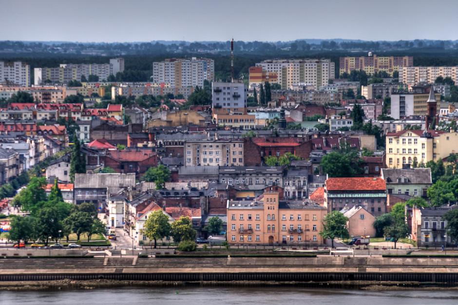 Agenci CBA kontrolują inwestycję dotyczącą przebudowy hali we Włocławku
