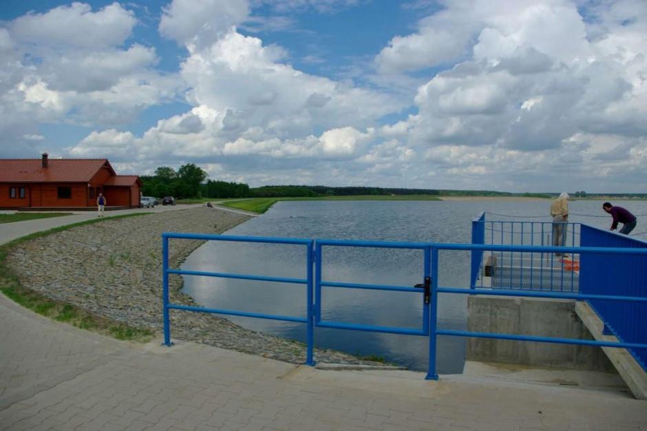 Wody Polskie tłumaczą: Nie ma rozporządzenia, ale to nie problem