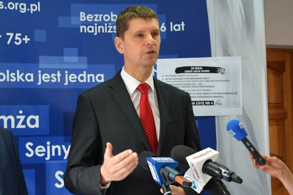 Dariusz Piontkowski: Samorządy przygotowały większą liczbę miejsc w szkołach niż jest absolwentów