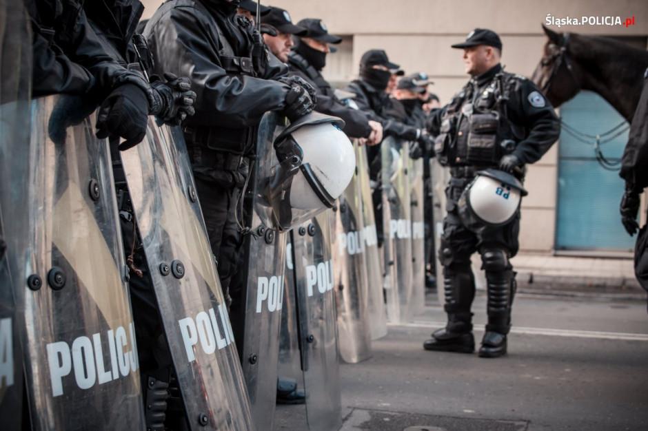 Warszawski krajobraz na 11 listopada: tysiące policjantów, w powietrzu drony i śmigłowce