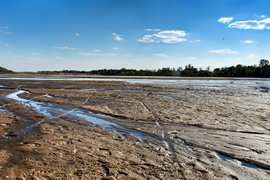 Konsultacje planu przeciwdziałania skutkom suszy w 15 miastach Polski
