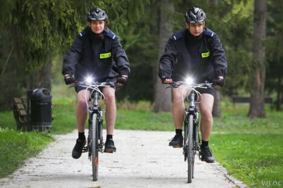 Policjanci na rowerach rozpoczęli służbę w Krakowie