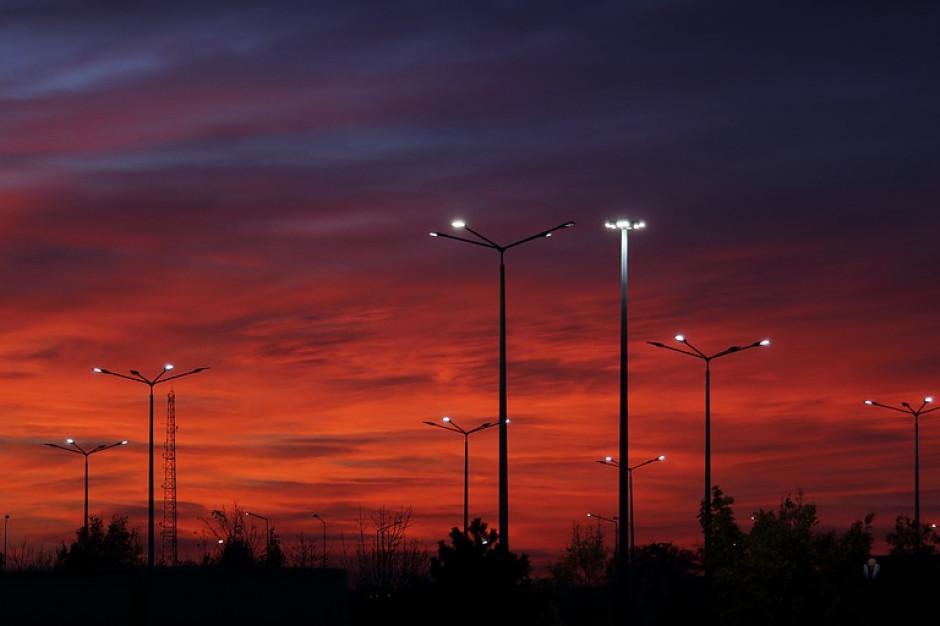 Samorządowcy nadal interweniują ws. cen prądu. Chodzi o uliczne oświetlenie