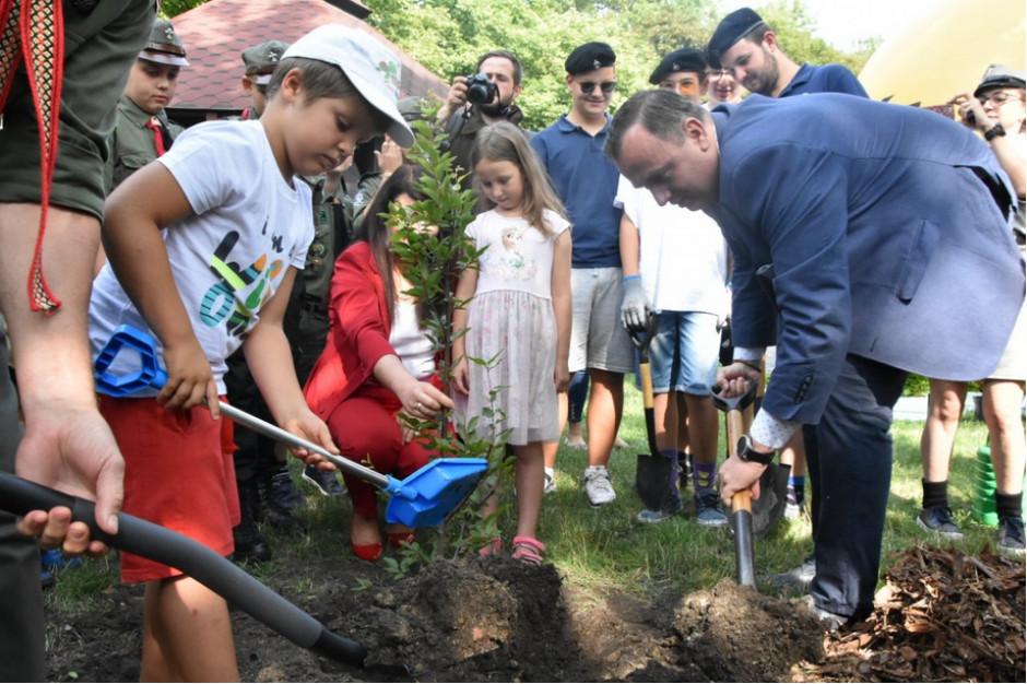 Akcja marszałka: w Parku Śląskim posadzono 1327 drzew