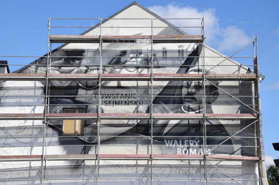 Mural upamiętni 100. rocznicę wyzwolenia miasta