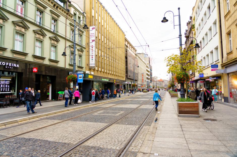 Miasto straci 20, czy zyska 30 mln zł? Co Mateusz Morawiecki naprawdę zrobił samorządom?