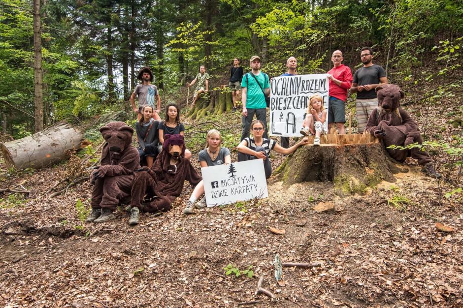 Trwa protest przeciwko wycince lasów bieszczadzkich