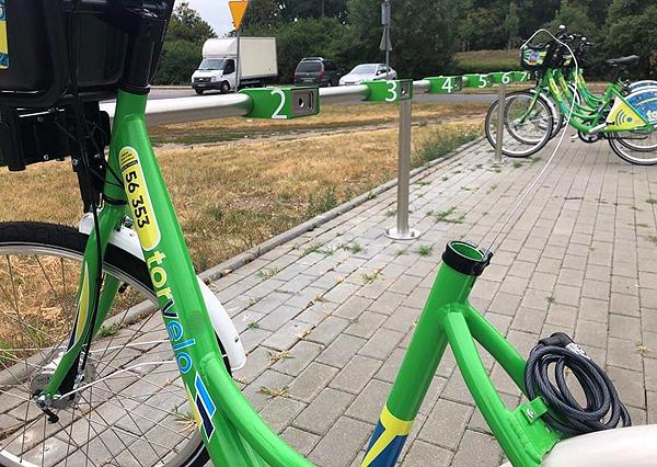 Użytkownik w razie zniszczenia lub uszkodzenia jest zobowiązany do pokrycia kosztów naprawy (fot. torun.pl/BikeU)