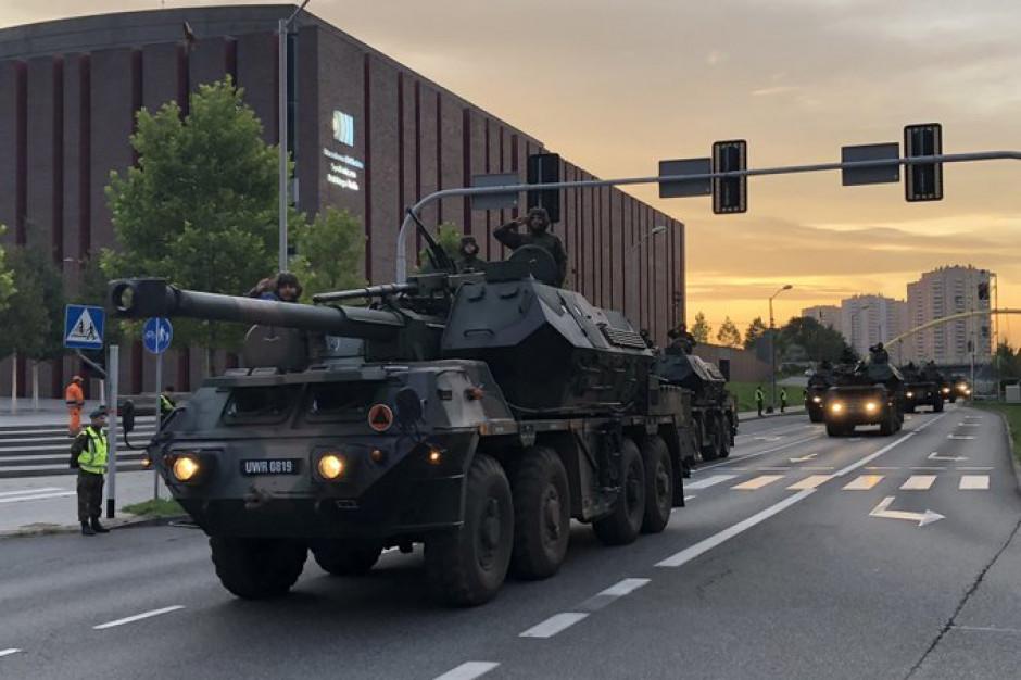 Defilada Wojska Polskiego w Katowicach. Będą dodatkowe autobusy i pociągi