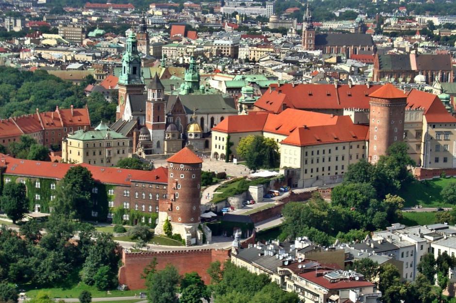 Tramwaj pojedzie pod Wawel? Pomysł budowy linii czeka już na opinię konserwatora