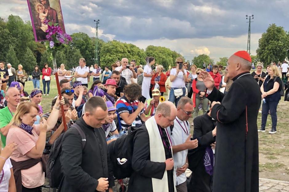 Blisko 20 tys. pieszych pielgrzymów dotarło w środę na Jasną Górę