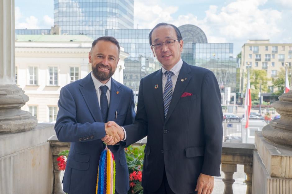 Warszawa dołącza do światowej organizacji