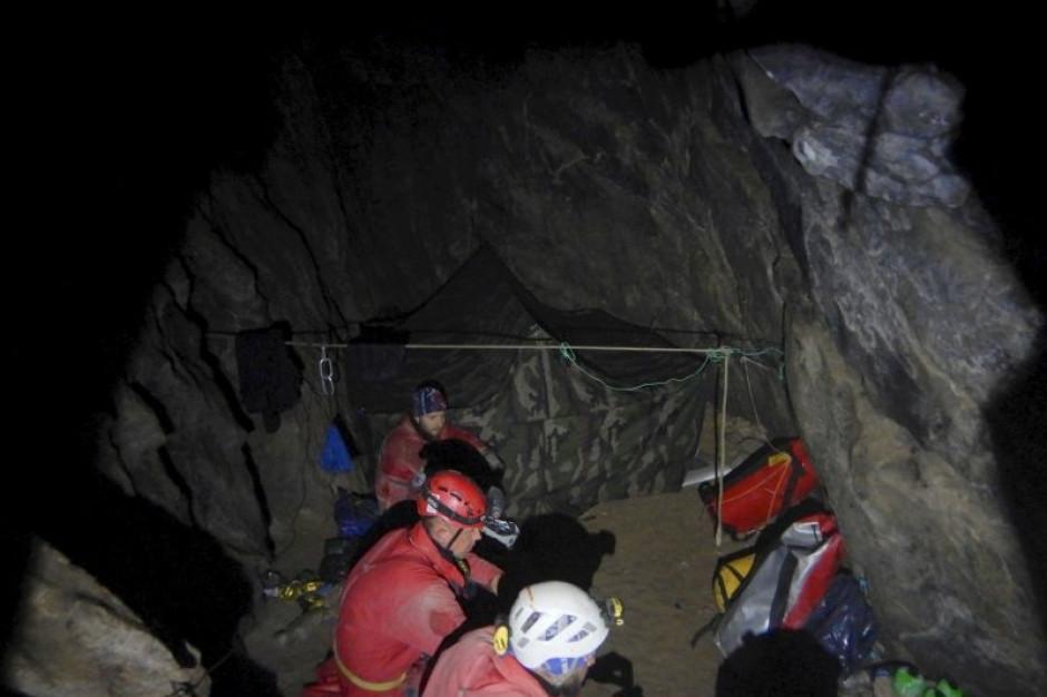 Obryw skalny w Jaskini Wielkiej Śnieżnej (wideo)