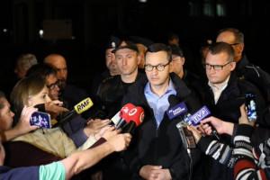 Mateusz Morawiecki: Jesteśmy gotowi na wszelką pomoc finansową. Najważniejsze, żeby uratować ludzi