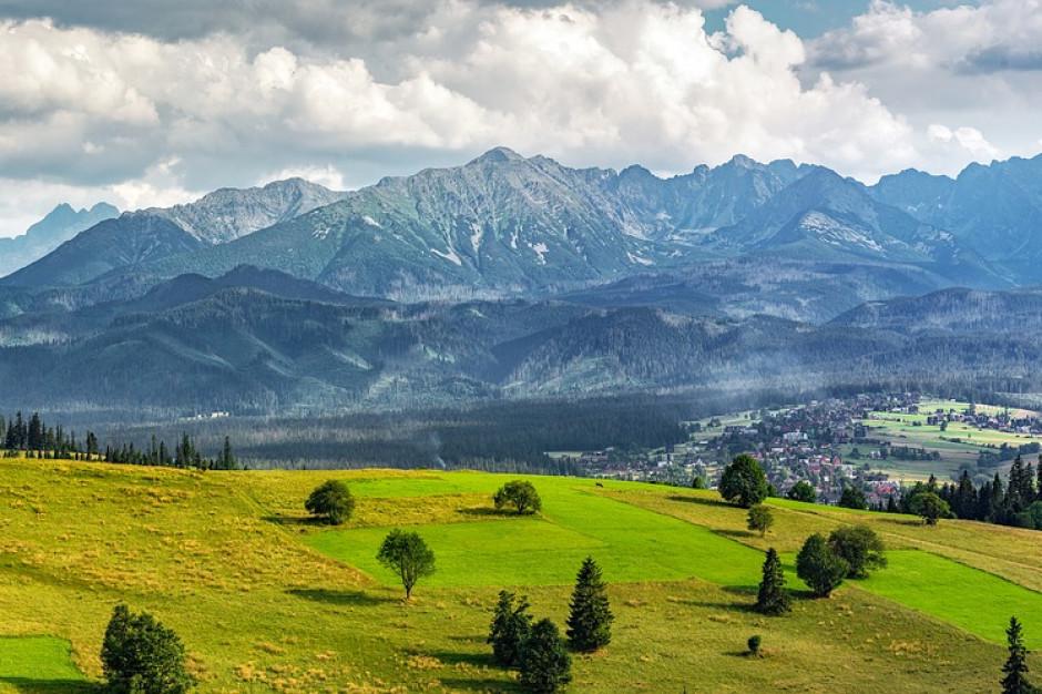 Dziewięć osób na liście poszukiwanych po burzach w Tatrach