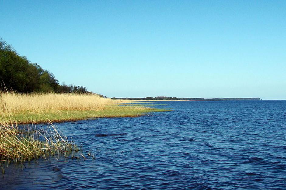 Dwa kąpieliska nad Zalewem Szczecińskim zamknięte