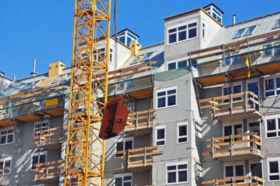Miliard rocznie dla gmin na budownictwo komunalne