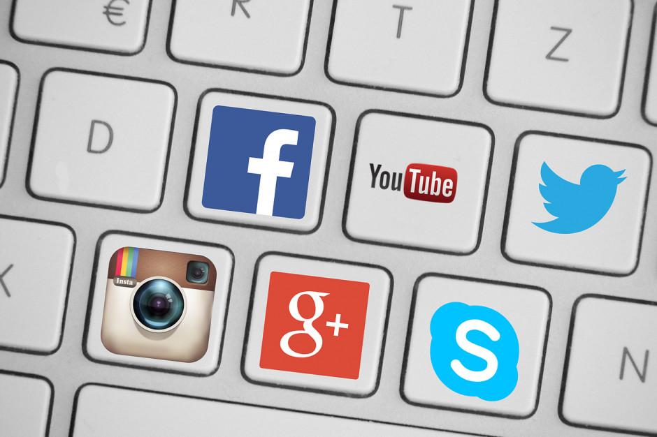 Samorządy w social mediach. Tablica ogłoszeniowa zamiast dyskusji