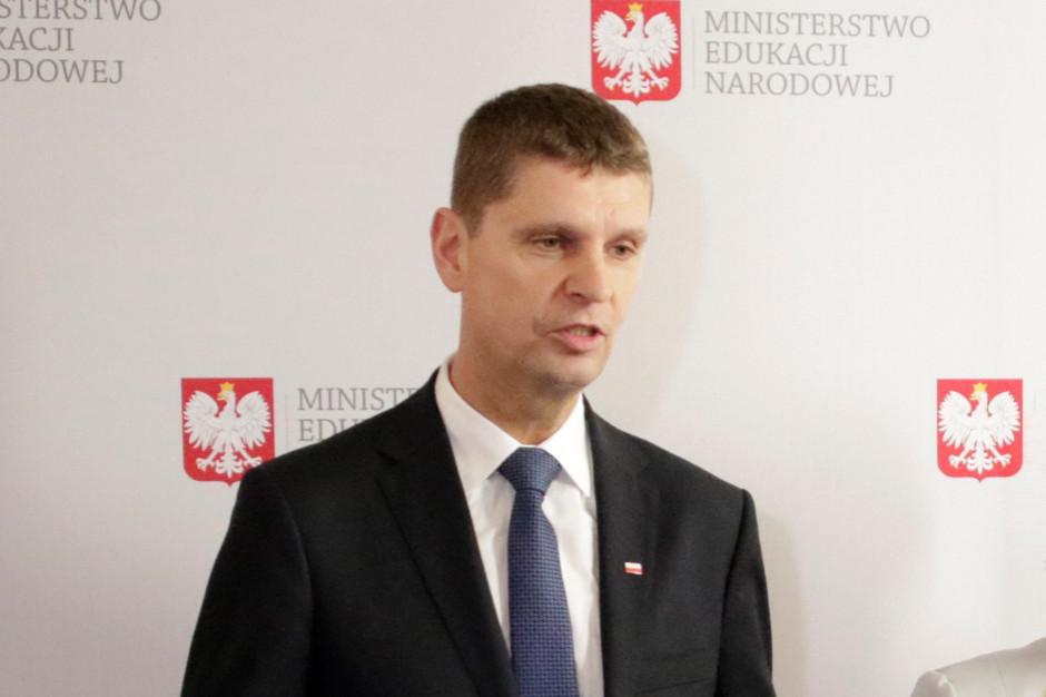 Dariusz Piontkowski: szkoła musi być miejscem bezpiecznym