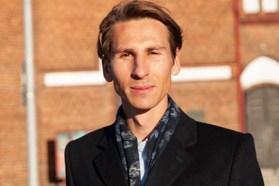 Kacper Płażyński rezygnuje z zasiadania w Radzie ECS