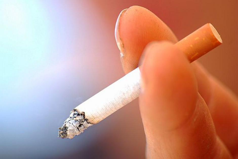 Burmistrz chce zakazu palenia papierosów w miejscach publicznych