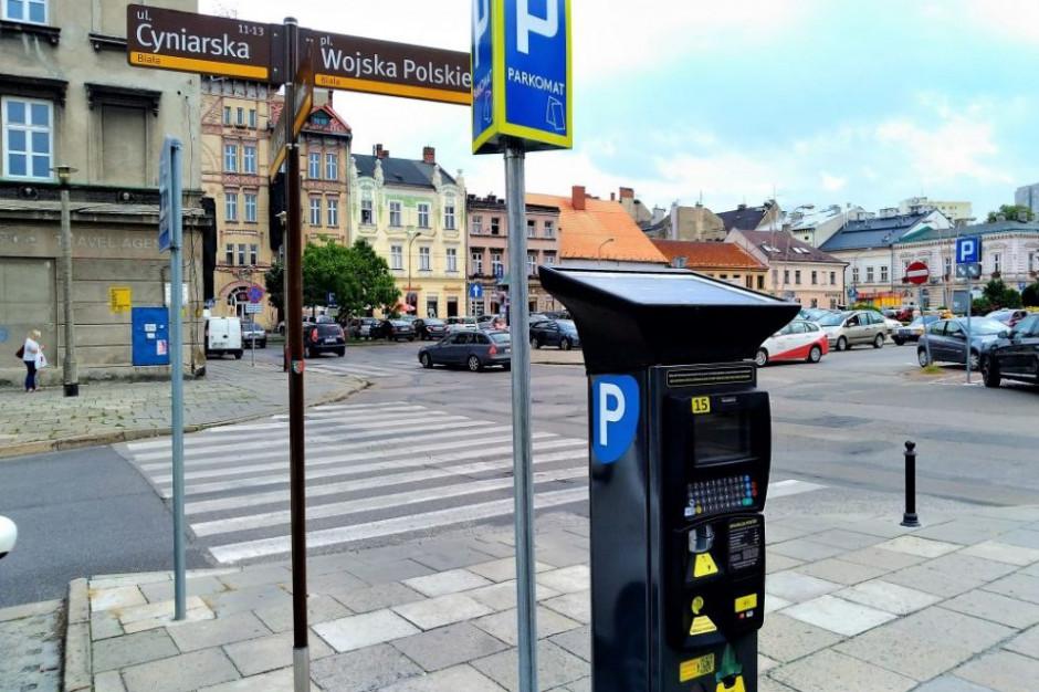 W Bielsku-Białej zaczęły działać parkomaty solarne