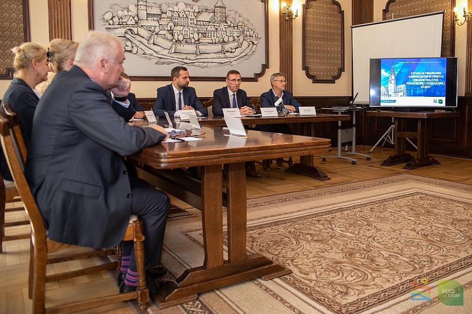Olsztyn pod finansową ścianą. Miasto straci 38 mln zł