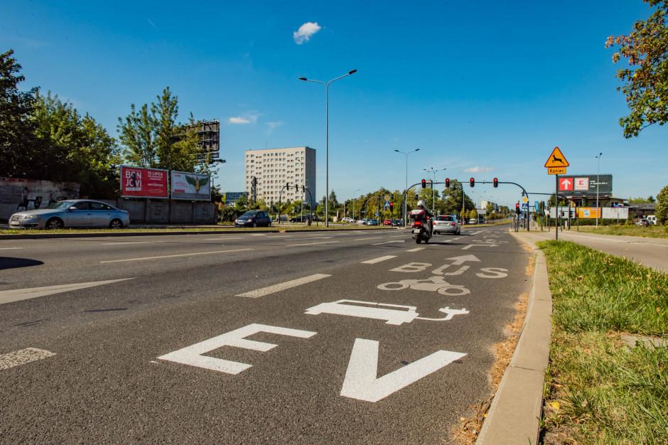 W Łodzi samochody elektryczne będą mogły korzystać z buspasów