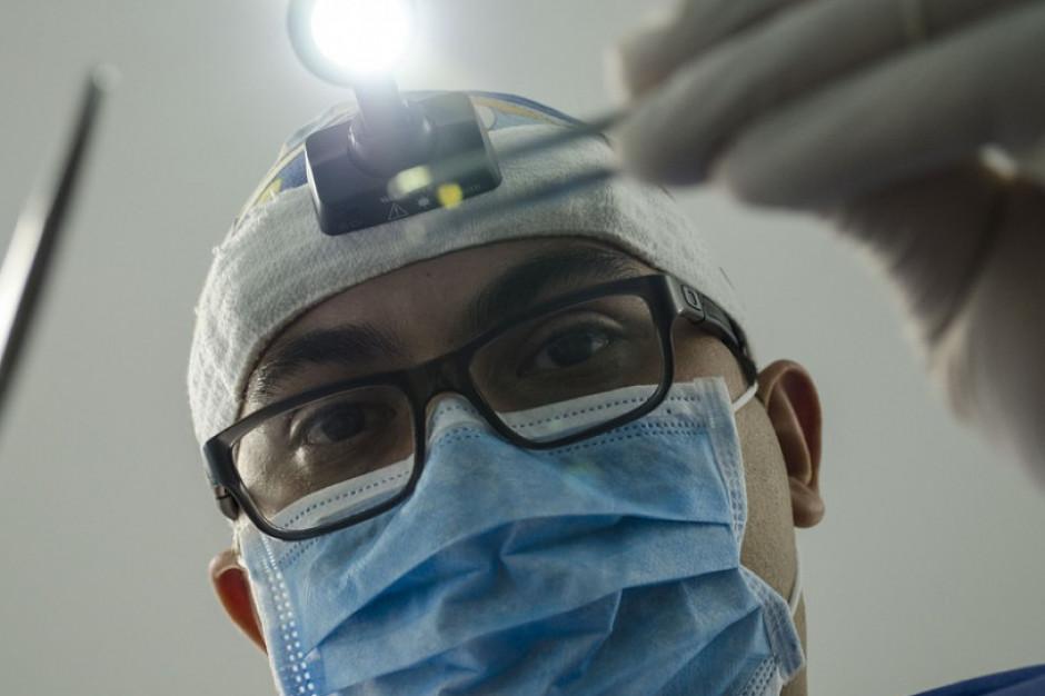 Projekt dentysta w szkole: bez pieniędzy, bez kadry, bez szans?