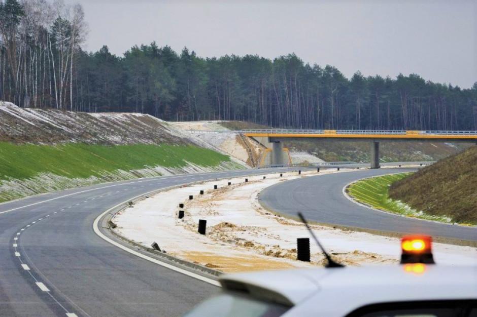262 mln zł na zadania drogowe w 8 województwach