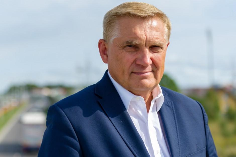 Tadeusz Truskolaski: Samorządowcy nie pchają się do polityki, oni zostali do niej wciągnięci